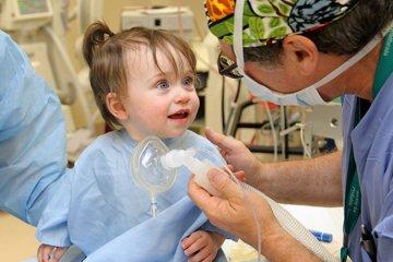 Photo of Как подготовить ребенка к лечению зубов под наркозом?